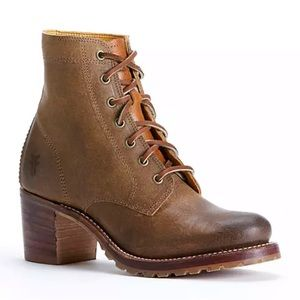 Frye Sabrina 6G Lace Up Boots Size 7